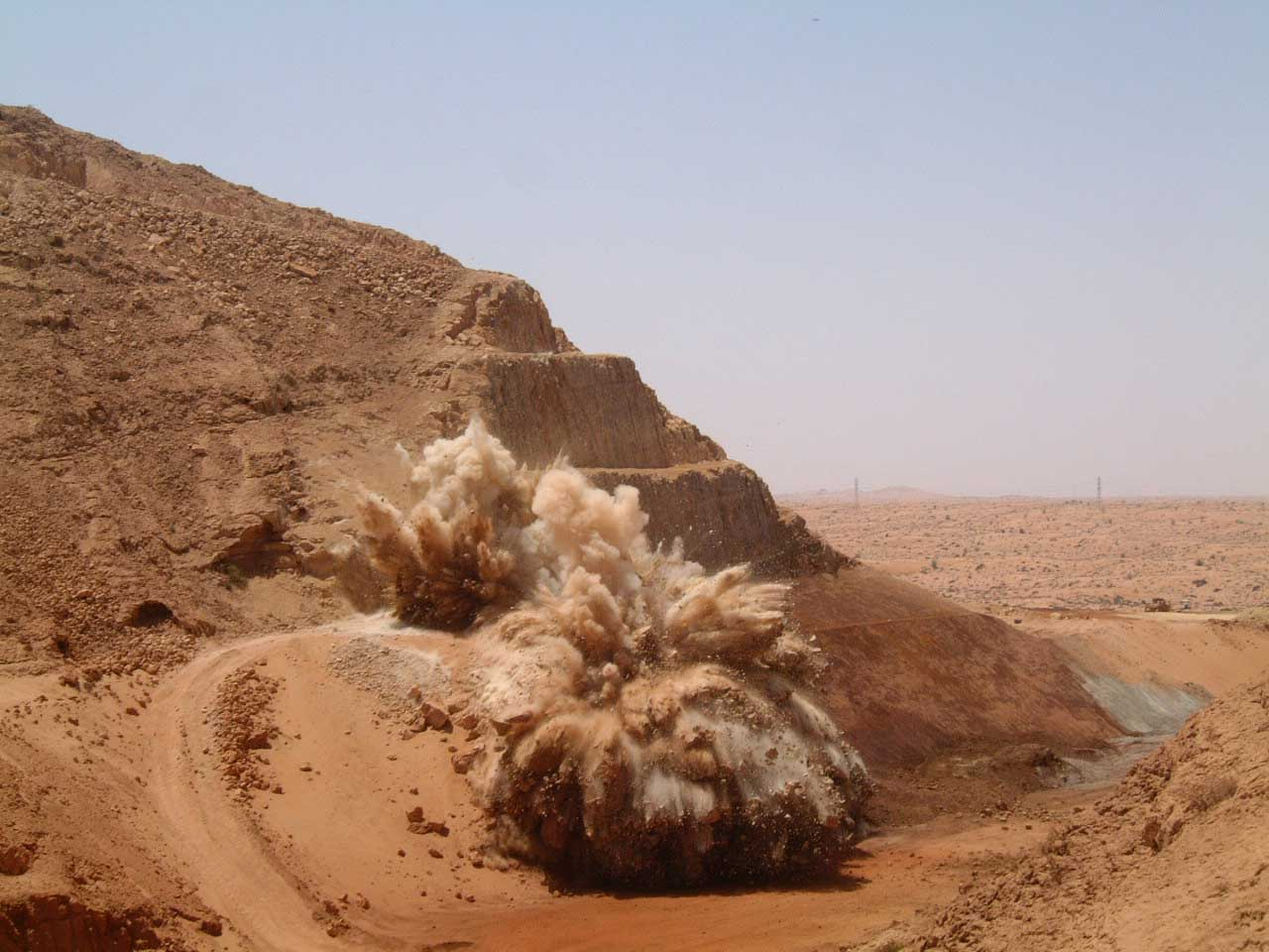 Rock Blasting Service : Rock drilling blasting gulf